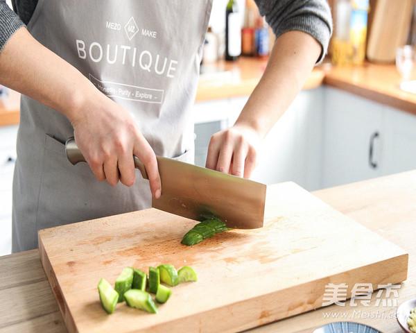 裙带菜拌黄瓜的做法大全