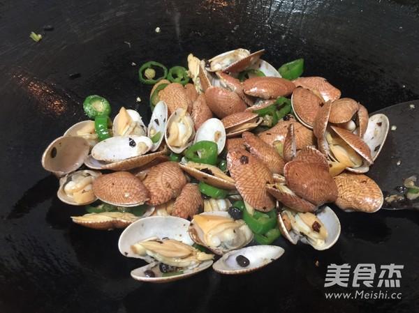 豉椒紫苏炒花甲怎么吃