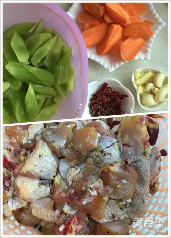 莴苣胡萝卜烧鸡块的简单做法