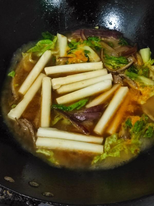 辣白菜肉丝年糕汤怎么煮