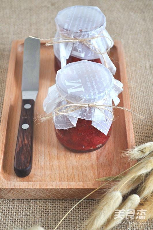 自制草莓酱成品图