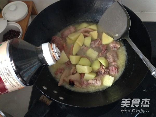 土豆烧鸡怎么炒