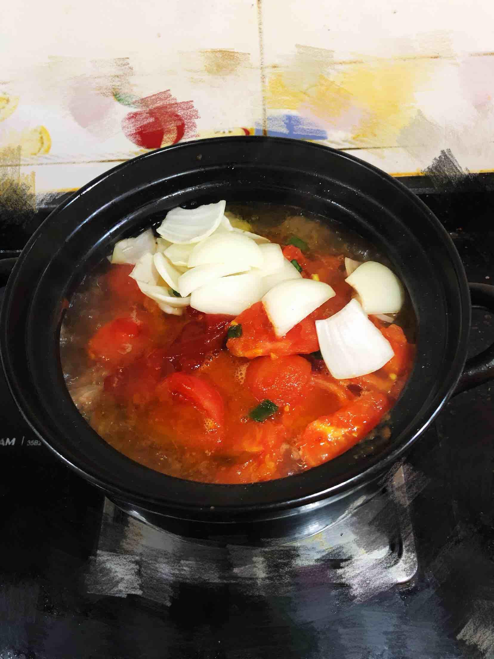 西红柿炖牛腩怎么炒