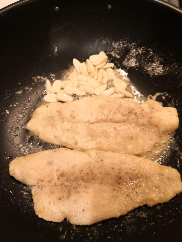 蒜香鳕鱼怎么炒