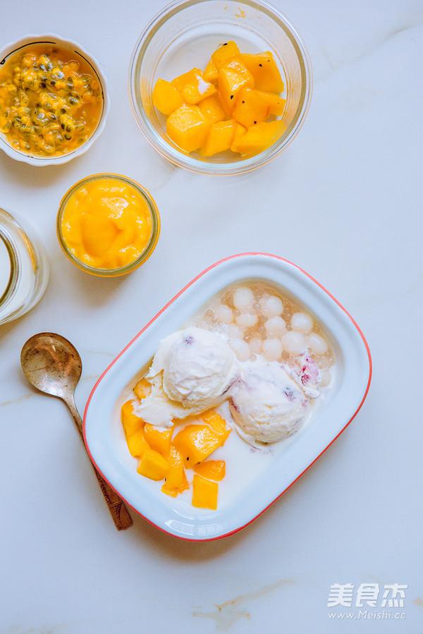 芒果捞冰淇淋成品图