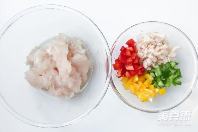 三彩莲藕鱼饼的步骤