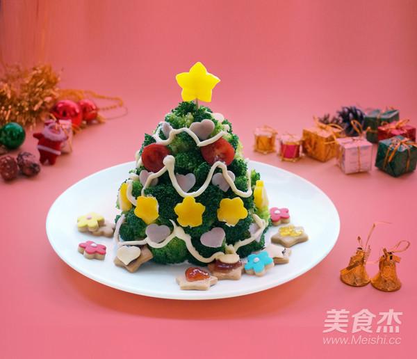 丘比-圣诞树沙拉成品图