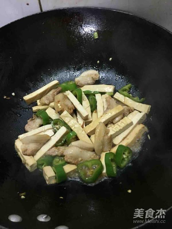 五花肉炒豆干怎么煮