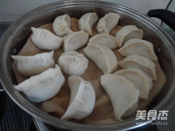 猪肉白菜蒸饺怎么炒