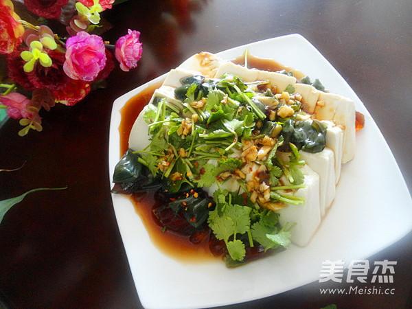 皮蛋豆腐怎么吃