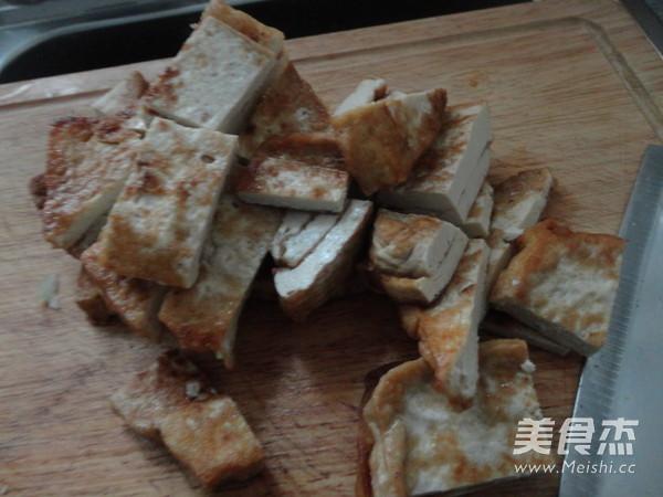 油菜炒豆腐的做法大全