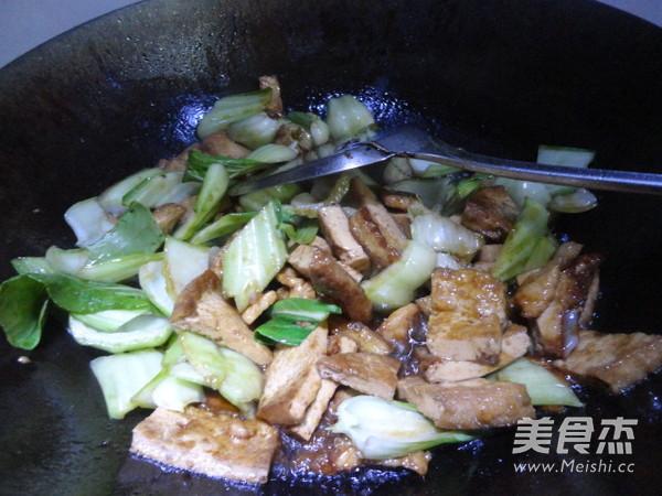油菜炒豆腐怎么煮