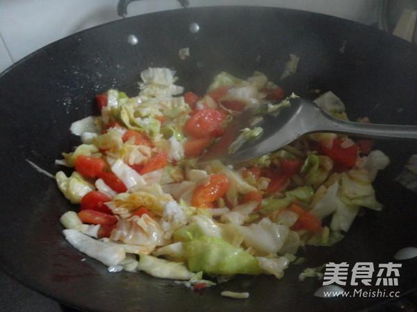 西红柿素炒洋白菜怎么煮
