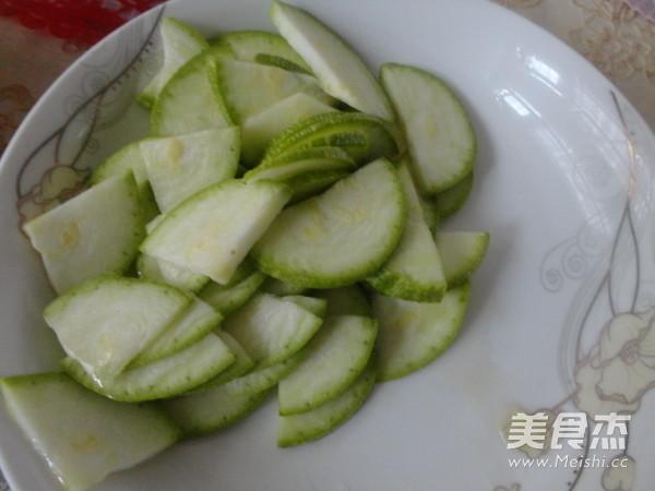 杏鲍菇炒肉的简单做法