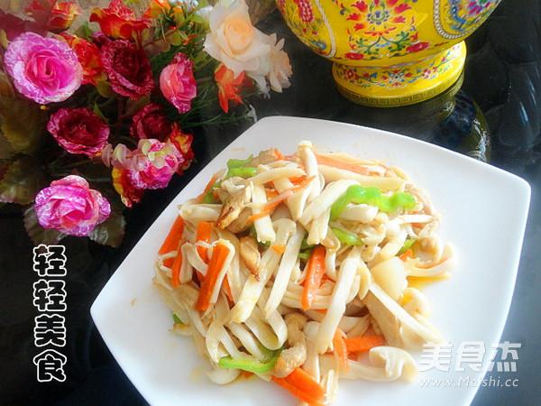 海鲜菇炒肉成品图