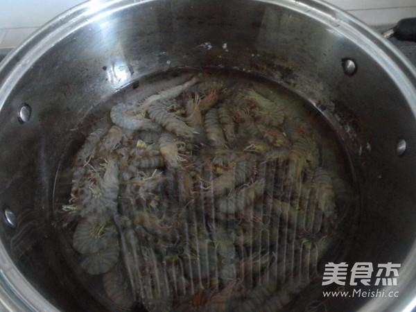 水煮基围虾的做法大全