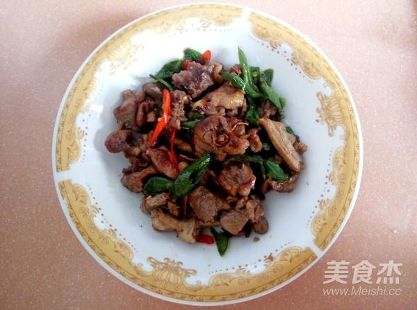 青椒炒鸭肉怎么炒