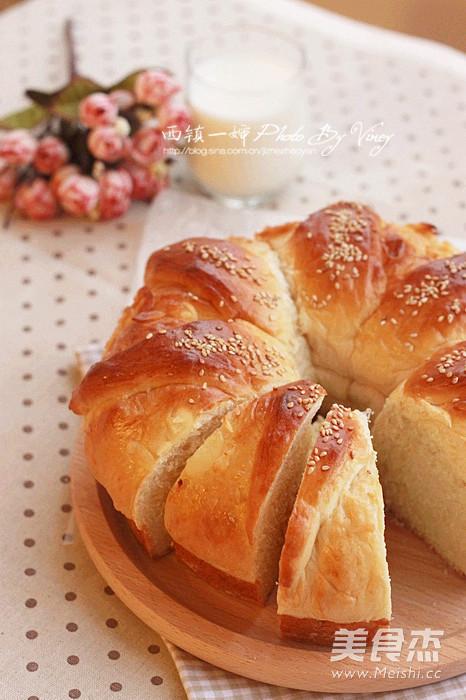 花型皇冠大面包成品图