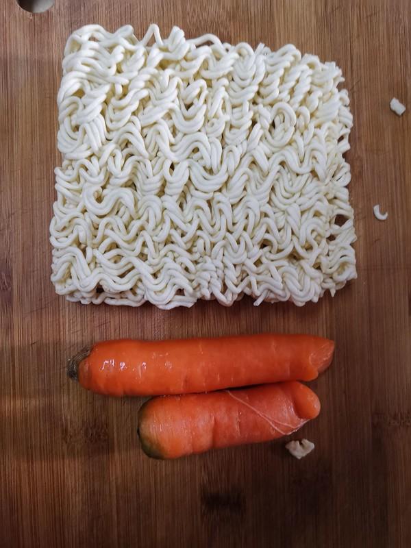 胡萝卜煮方便面的做法大全