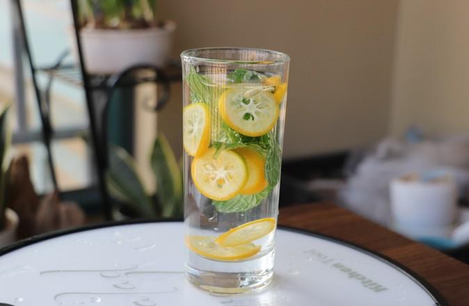 金桔薄荷水的简单做法