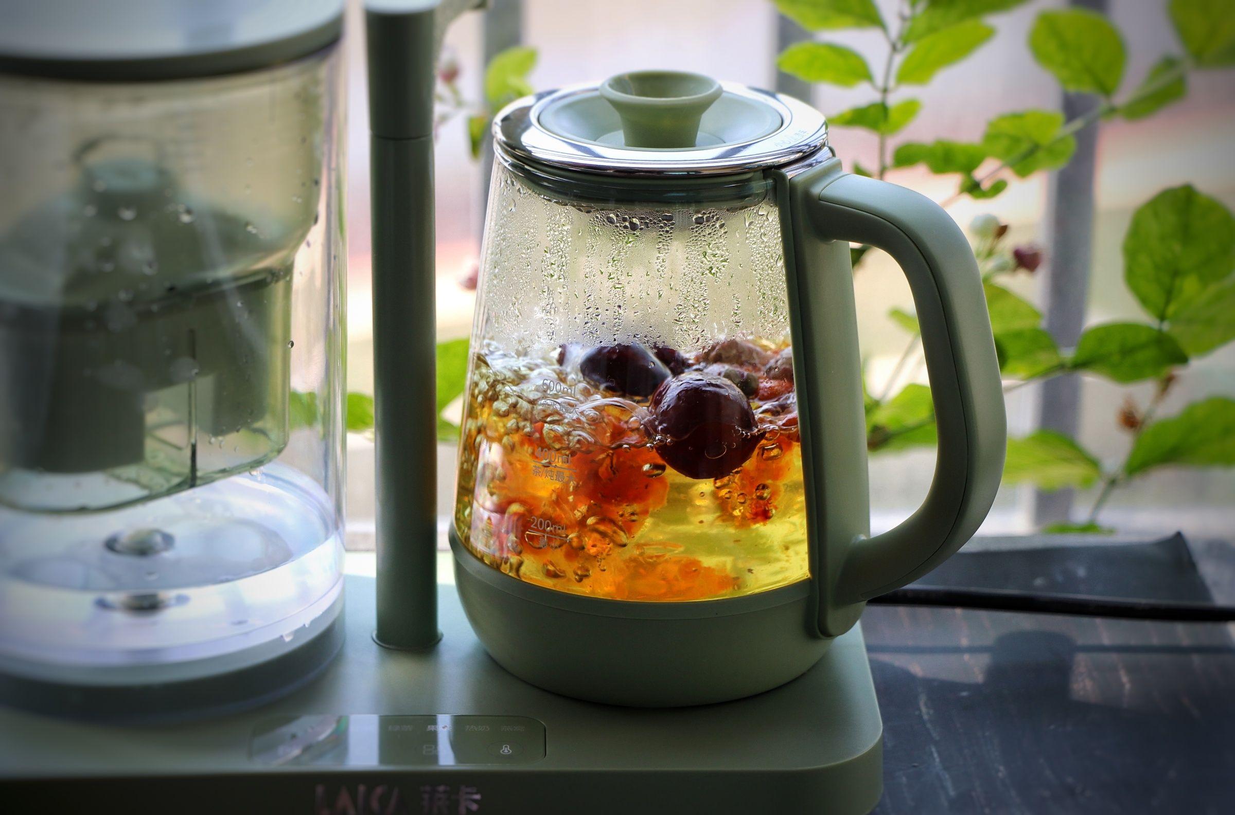 桃胶玫瑰花茶的简单做法