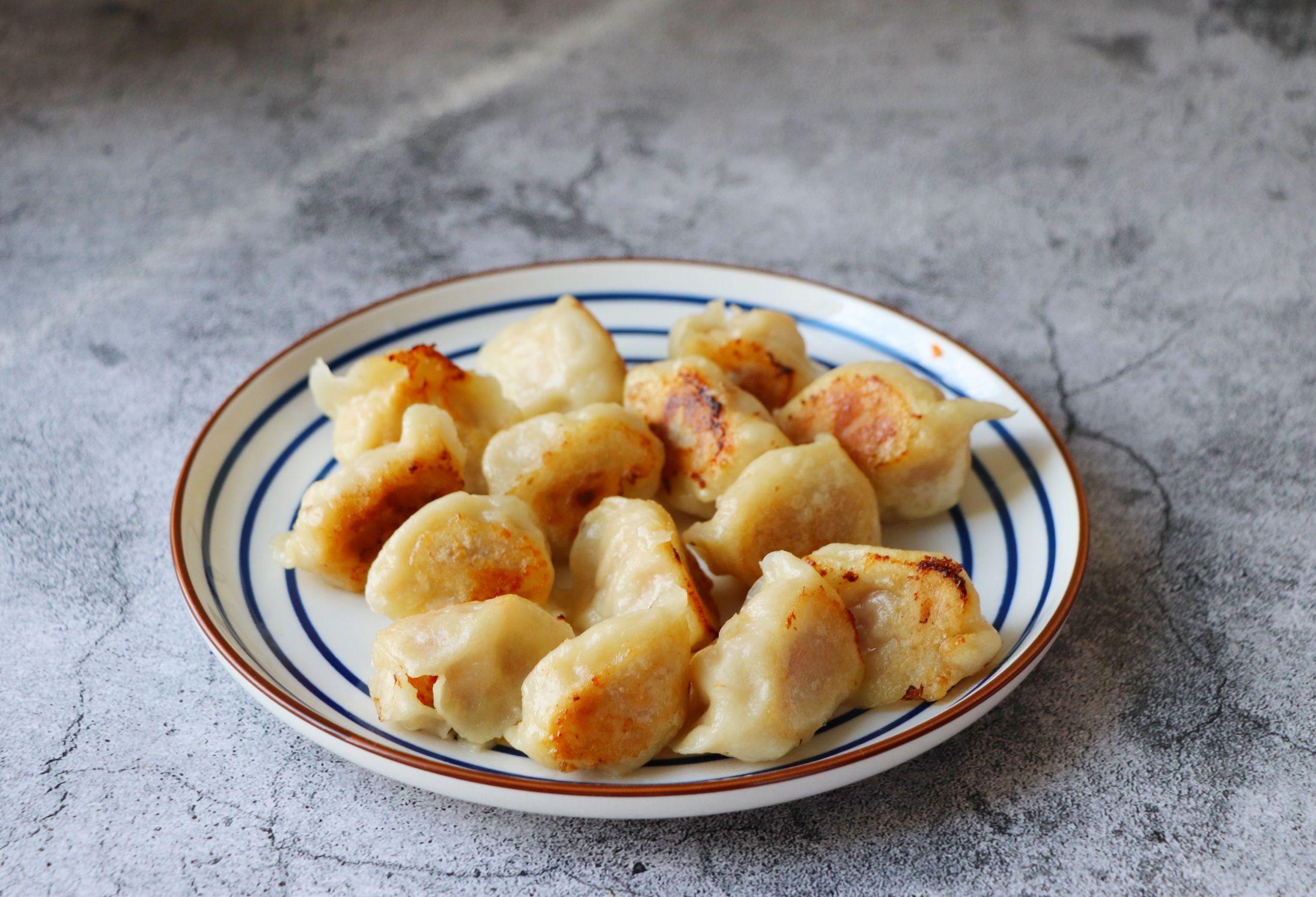 胡萝卜猪肉煎饺怎么炖