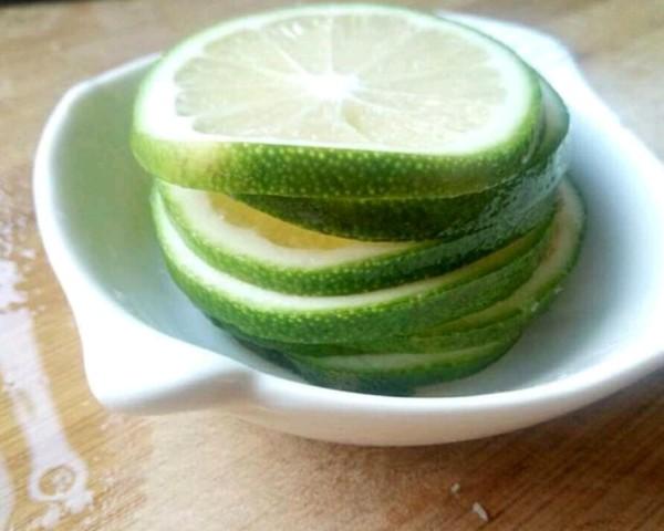 柠檬水的家常做法