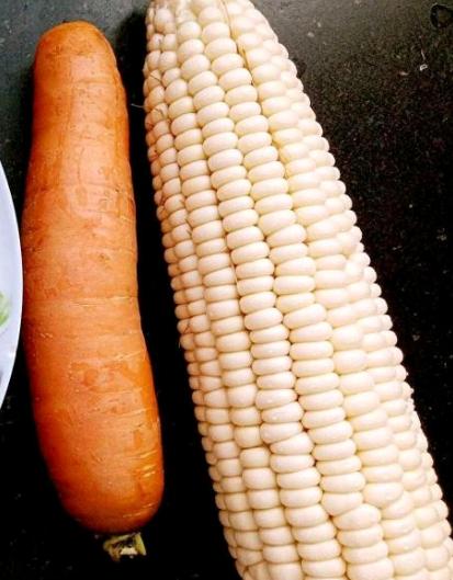 玉米炖骨头的做法图解