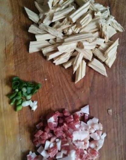 肉炒腐竹的做法图解