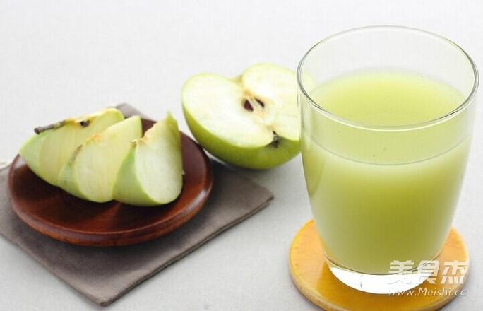 自制廋身养颜苹果汁成品图