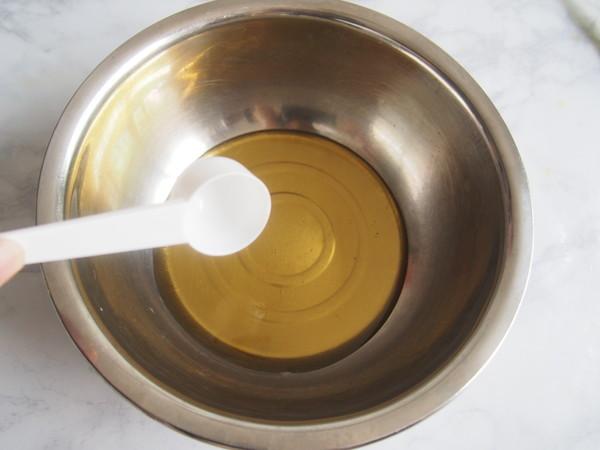 广式咸蛋黄豆沙月饼的做法大全