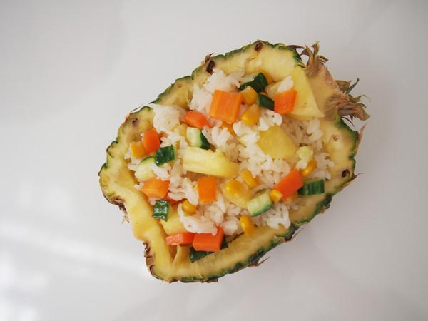 多彩菠萝饭的步骤
