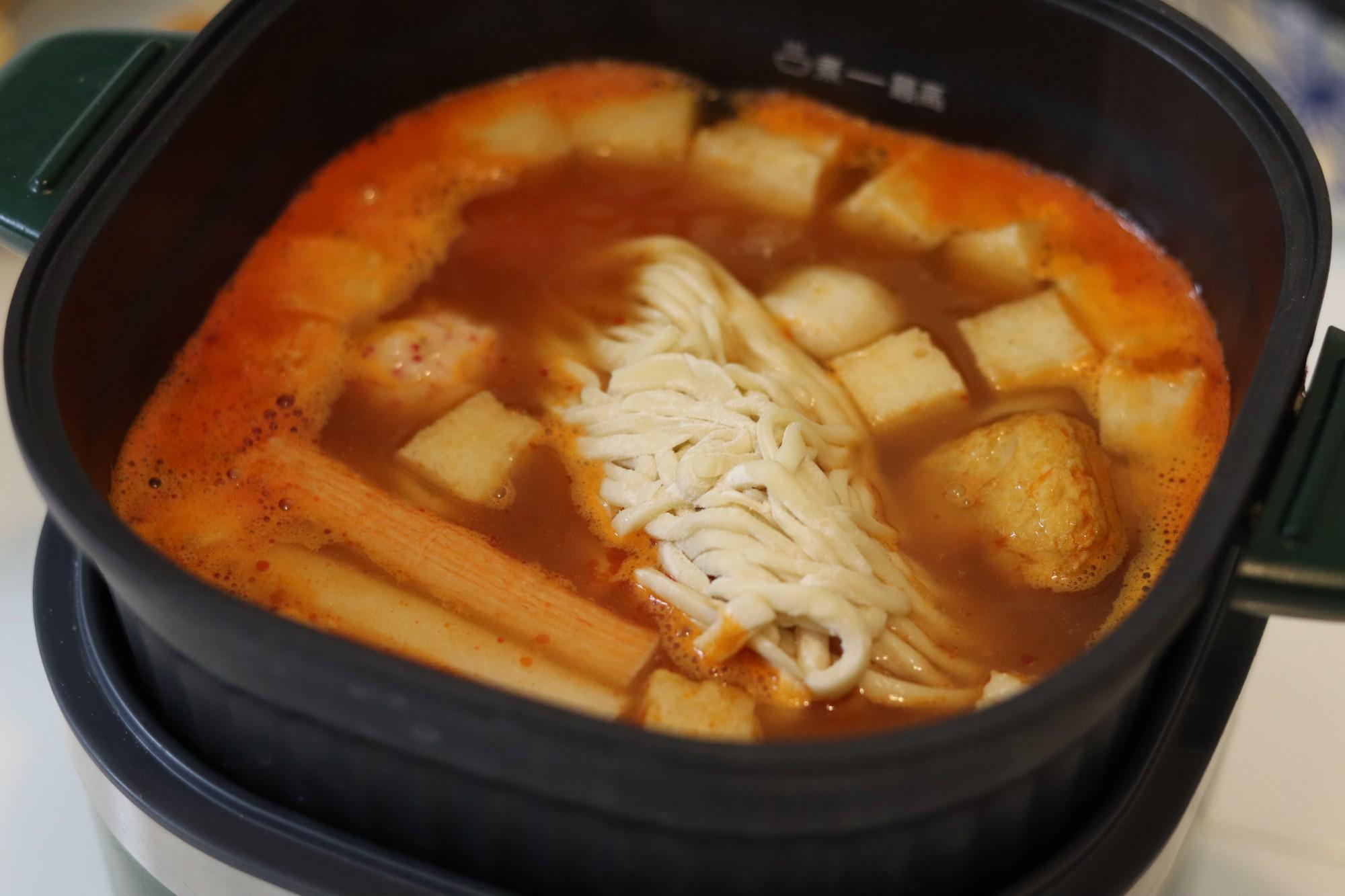 海鲜丸子番茄面怎么做