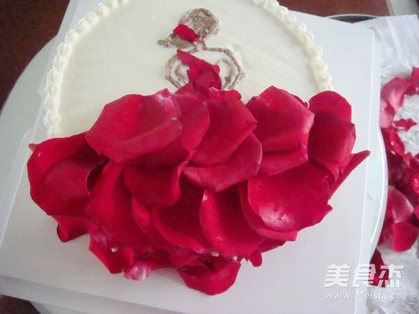 玫瑰花裙奶油蛋糕的步骤