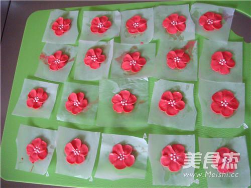 小红花环蛋糕的制作方法