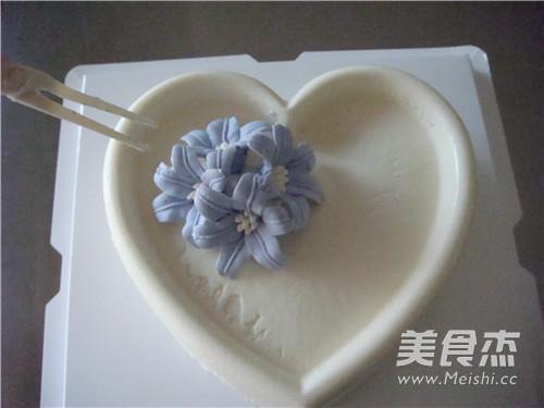 百合花慕斯蛋糕的做法大全