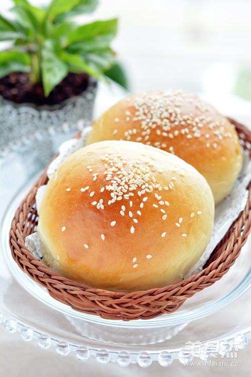 蔓越莓椰蓉面包成品图