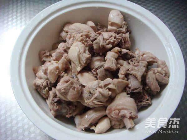 红烧茶树菇鸡块的步骤