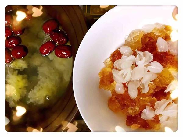 燕窝+桃胶皂角米炖银耳汤的简单做法