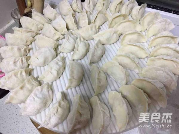 酸菜馅饺子的家常做法