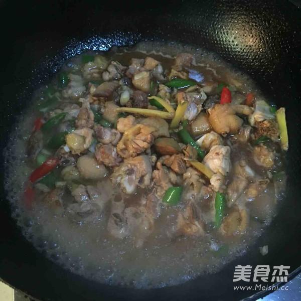 生炒小公鸡怎么煮
