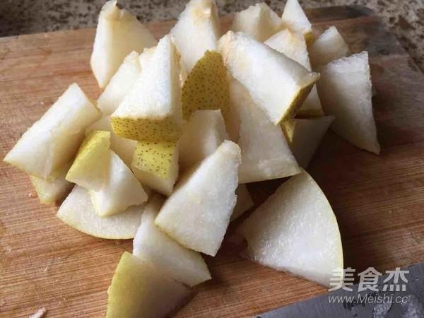 冰糖雪梨百合银耳汤的简单做法