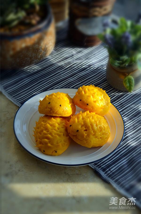 南瓜刺猬豆沙包成品图