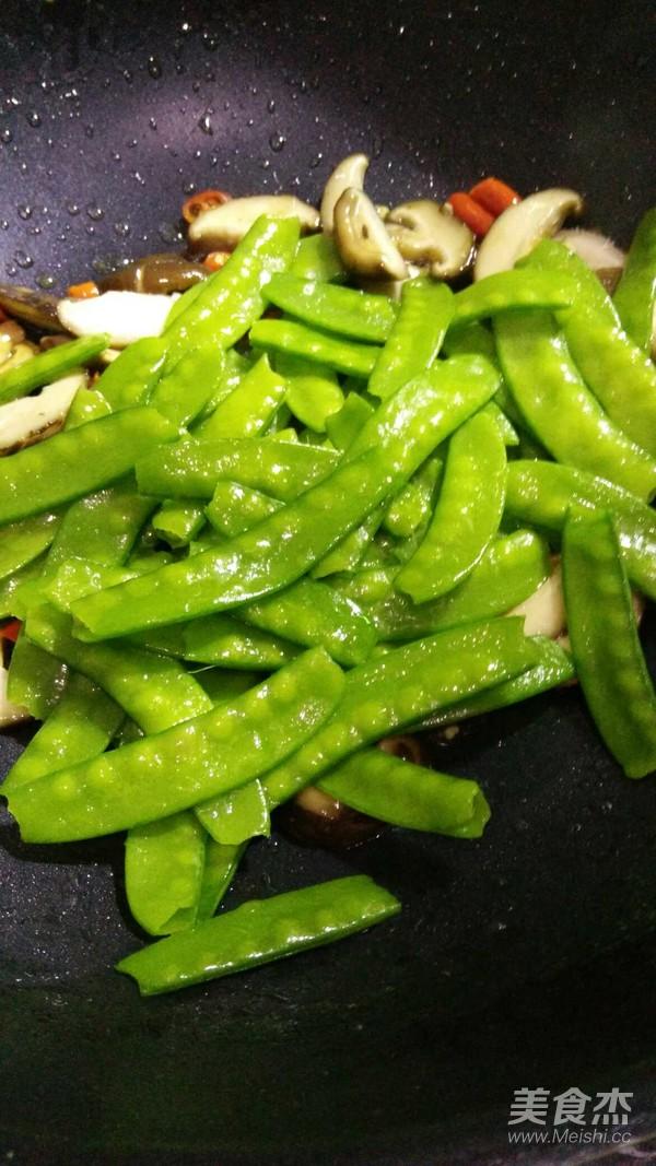 香菇荷兰豆怎么炒