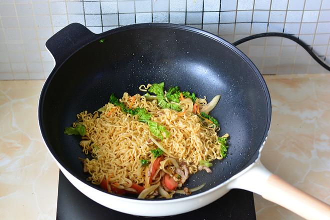 青菜炒面怎么煮