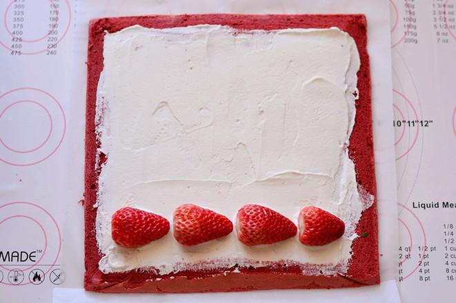 红丝绒蛋糕卷怎样炒