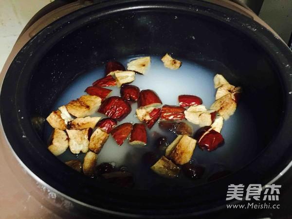 桂圆红枣粥的家常做法