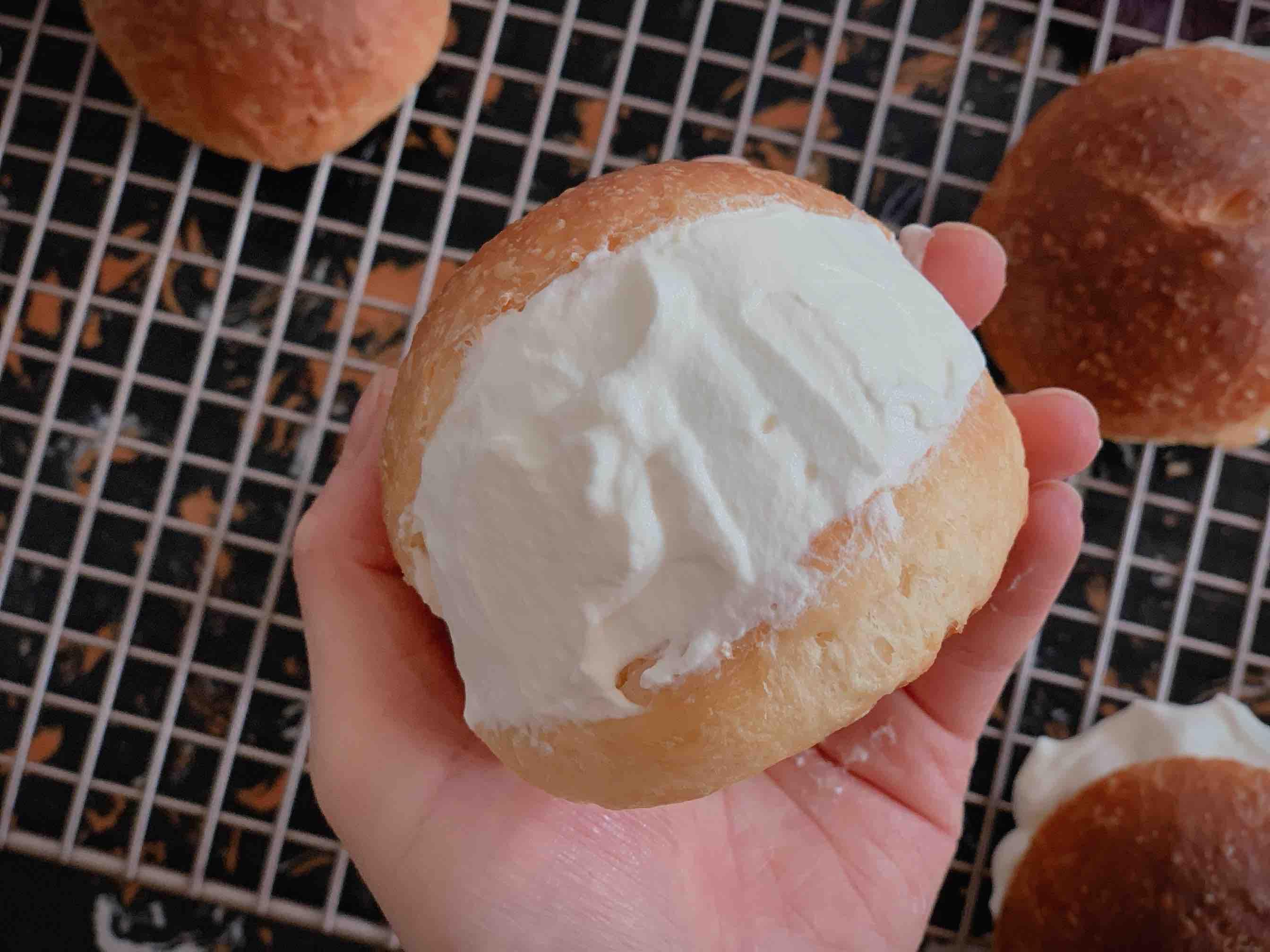 日式草莓奶油面包|maritozzo怎么做