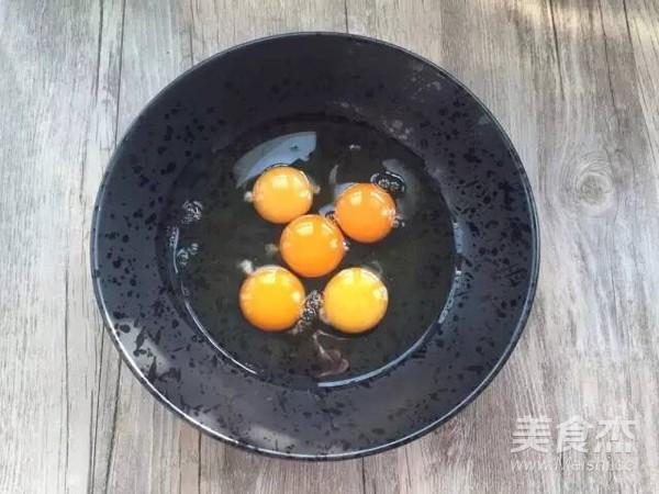 猪肉胡萝卜鸡蛋卷的家常做法