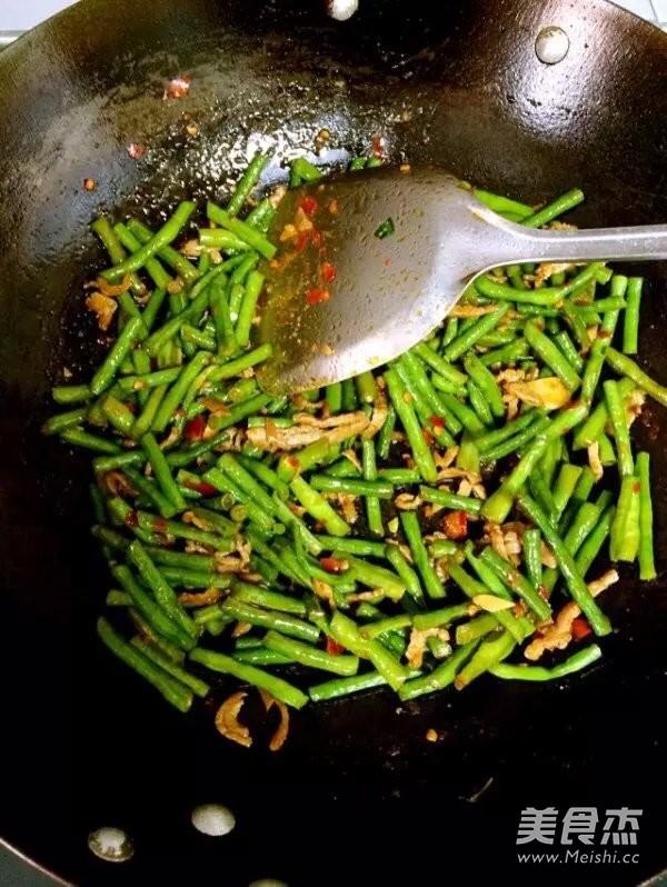 里脊肉丝炒豇豆怎么做